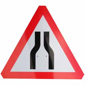 Road Narrows Sign Plate, 750mm Triangle, interchangeable