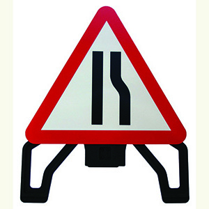 Road Narrows Right Alpha Plastic Sign (750mm Triangle)